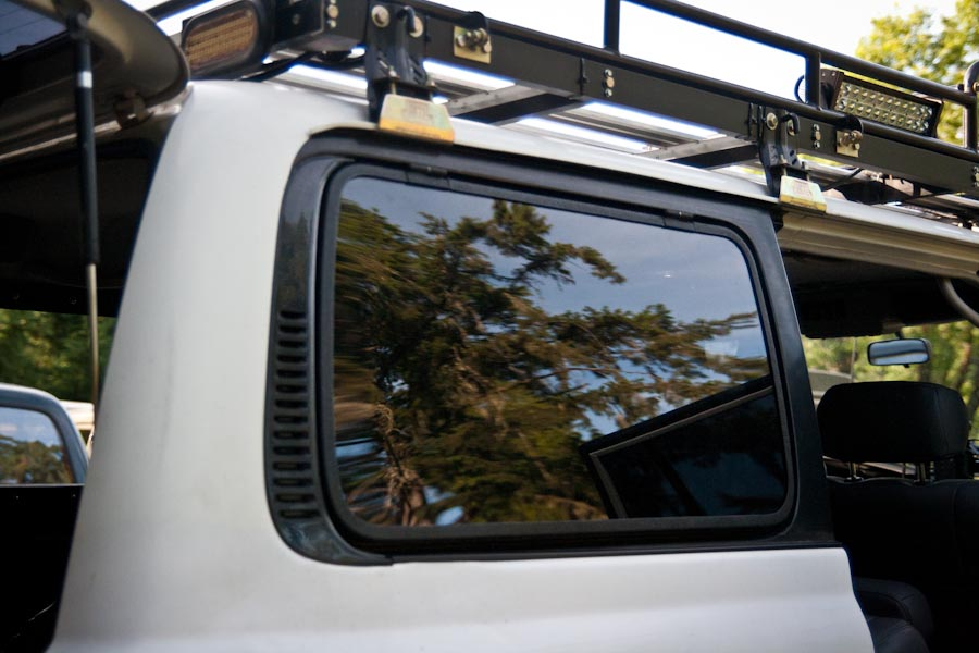Wagongear Com 187 Flip Up Hatch Window